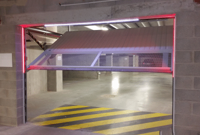 Portes de garage d'un parking sous-terrain